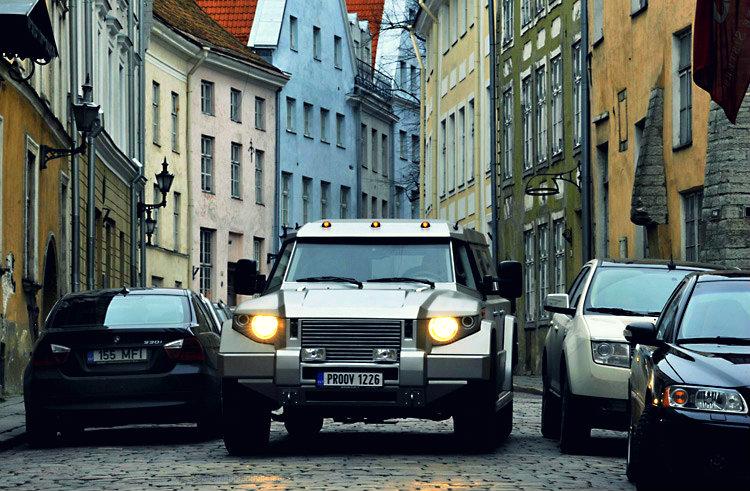 Kombat on the streets of Tallinn
